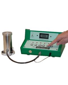 1154 Precision Conductivity Meter with Temperature Probe - (0-2,000 pS/m)